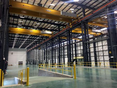 工場内部(組立てエリア)の写真